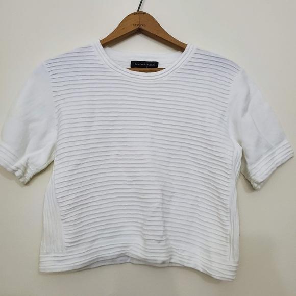 Banana Republic Tops - White Cropped Banana Republic Short Sleeve Sweater